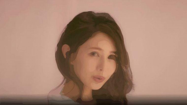 高山質店CM女優は誰?ピンクの服でタダシの元カノ女性!