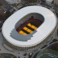 新国立競技場の屋根のギザギザはガラス?なぜ黒くて透明なの?